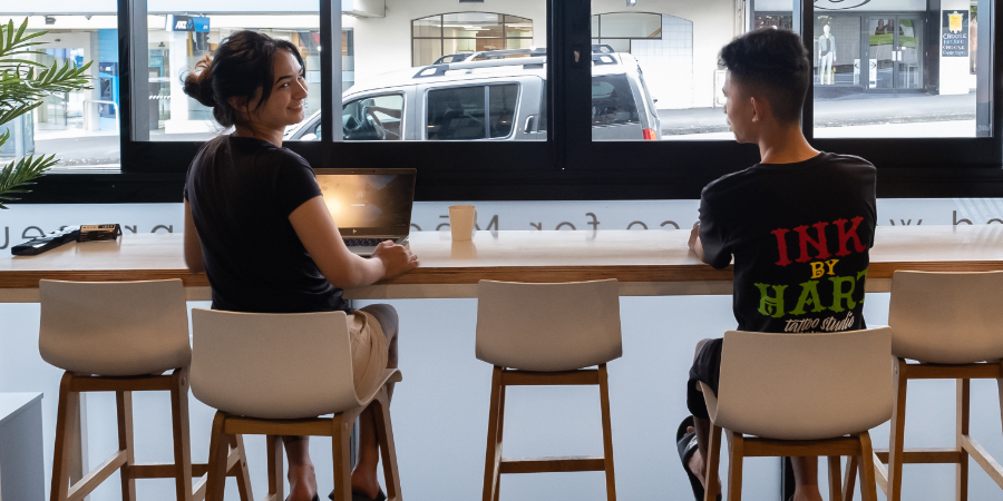 business people sat at desk-hot desk opportunties Whangarei-Māori Vibes